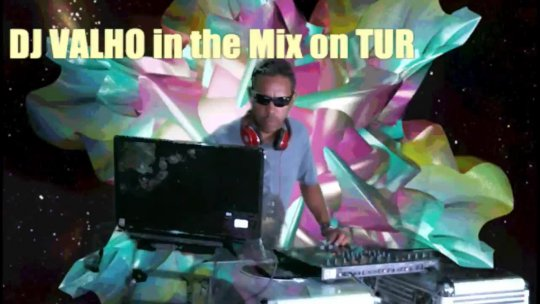 Them Unknown Radio Episode 72917  - Guest selector DJ VALHO - Tubipix122